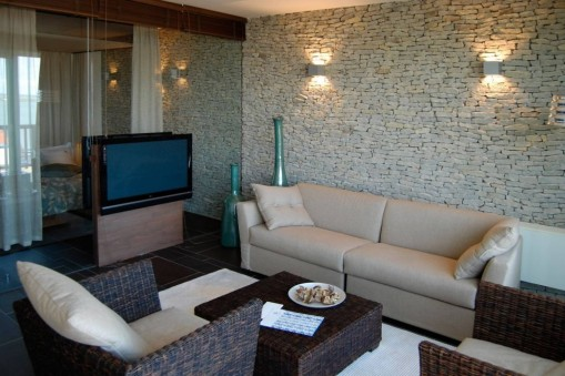 - Echo Residence All Suite Hotel Tihany